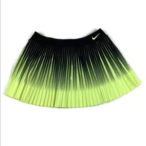 NIKE Dri-Fit Pleated Tennis Skort Skirt Size Large